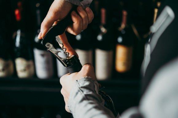 Organisation de dégustation de vin rouge de France chez un particulier Rumilly